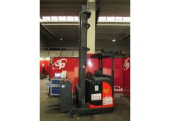Carrello Elevatore R14 Serie 115 per stoccaggio