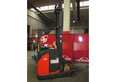 Carrello Elevatore R16 Serie 115 per stoccaggio
